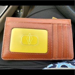 Fossil Logan Brown Leather Zip Coin Wallet, NWT